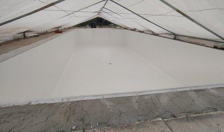 Pose et installation de membrane armée Sopremapool Premium Blanc à Die dans la Drôme